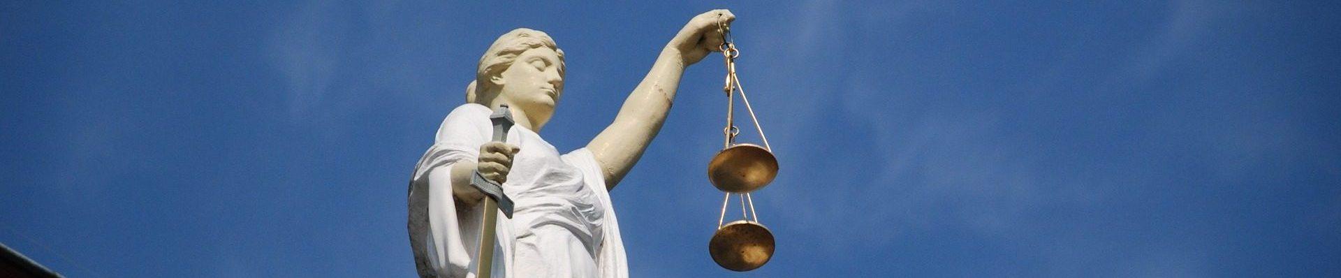 case-law-677940_1920-e1509385042210